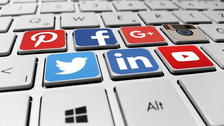 Redes de mídia social quickcompras